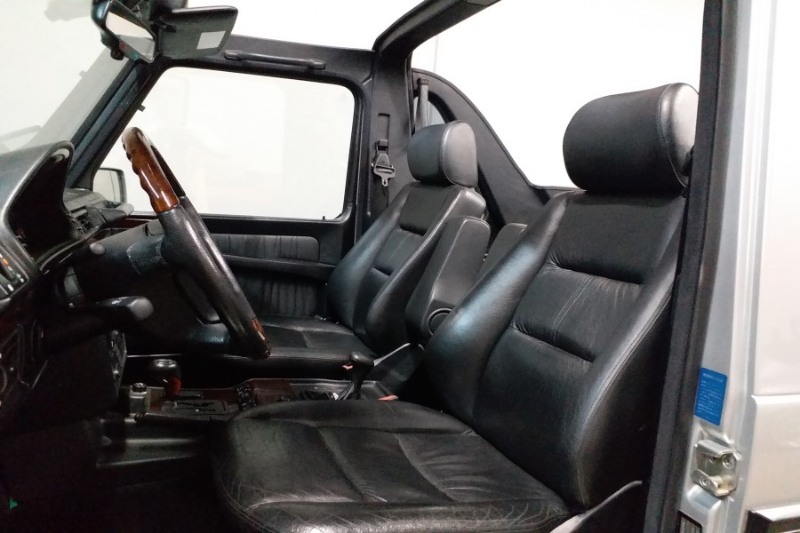 5-driver seat resize.jpg