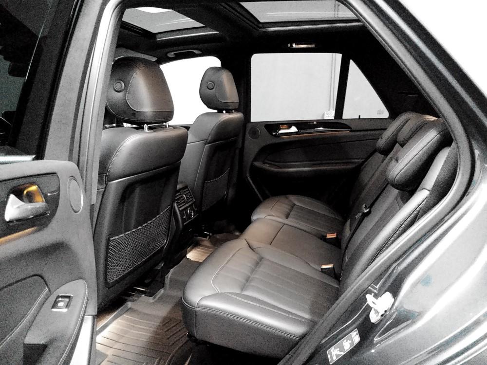 6-backseat_resize.jpg