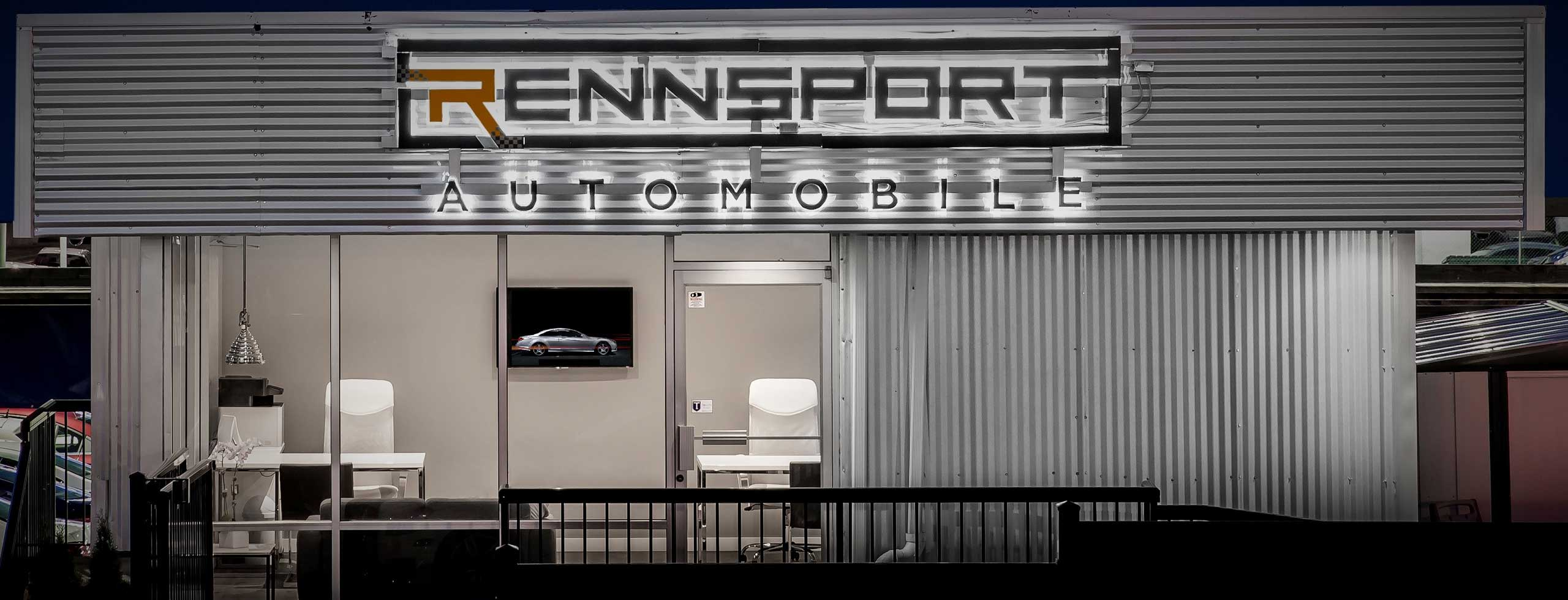 Rennsport Automobile Office Close Up